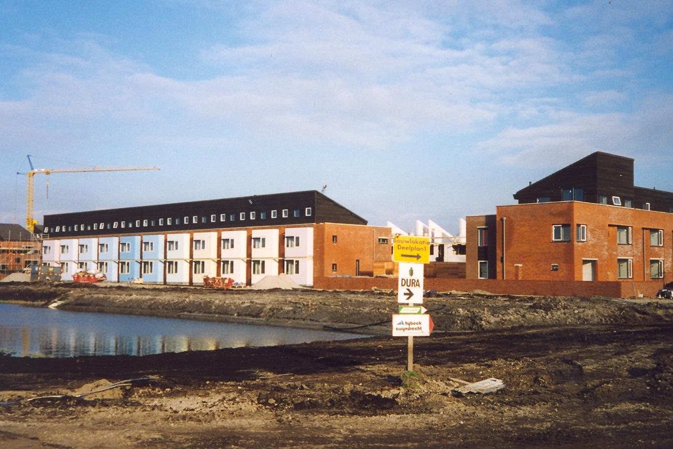 Eerste woningen op voormalig vliegveld